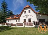Prodej - dům/vila, 480 m²